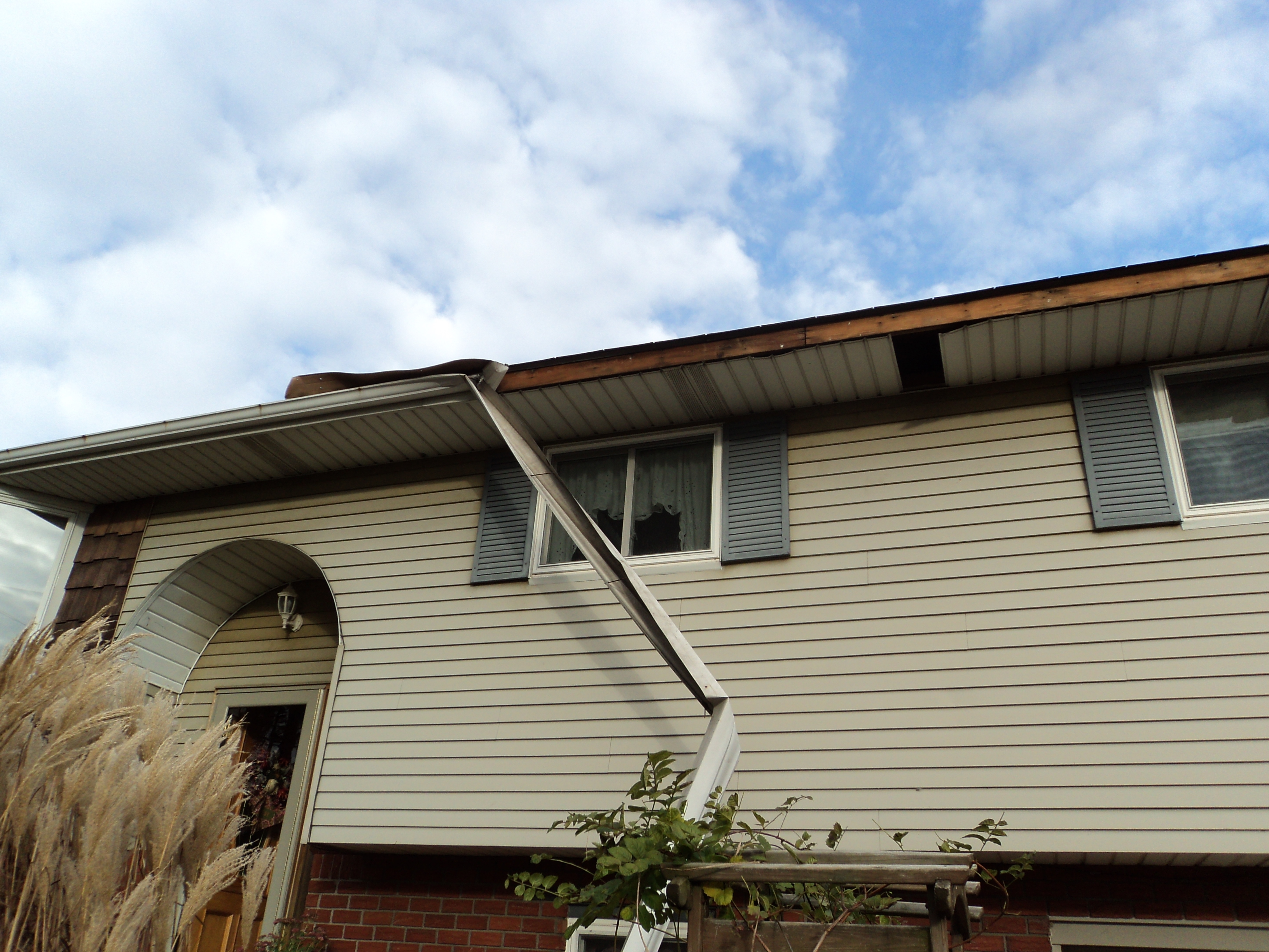 Lehigh gap lehigh valley gutter cleaning services rain gutter my experience was excellent they responded quickly to my inquiry reviewed my unusual and difficult project promptly returned for a follow up discussion solutioingenieria Gallery